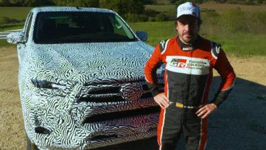 Бывший пилот Формулы-1 занялся тестами обновлённого Toyota Hilux
