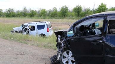 Шесть человек погибли в ДТП с участием Lada Largus и Toyota Ipsum в Актюбинской области