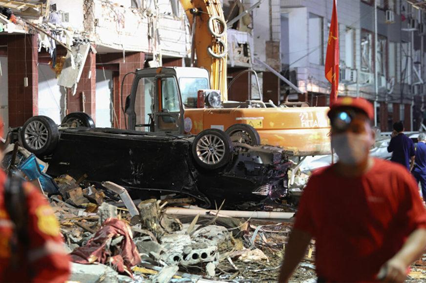 Автоцистерна уничтожила целый район